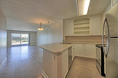 Oxnard Condo/Townhouse Active Under Contract: 3101 Peninsula Road #117