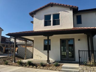 Ventura Condo/Townhouse For Sale: 10543 San Jose Street
