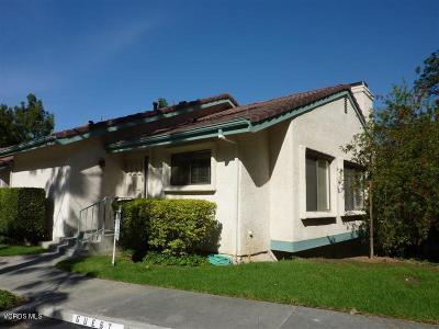 Oak Park Condo/Townhouse For Sale: 640 Calle Aragon