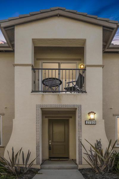 Oxnard Condo/Townhouse For Sale: 2703 Smokey Mountain Drive