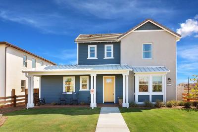 Ventura Single Family Home For Sale: 332 S Saticoy Avenue