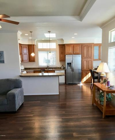 Ventura Mobile Home Active Under Contract: 130 Dickens Circle