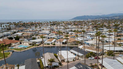 Ventura Mobile Home Active Under Contract: 1215 Anchors Way Drive #83