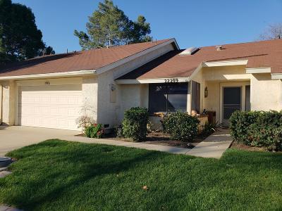 Camarillo Single Family Home For Sale: 22209 Village 22