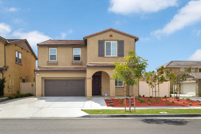 Oxnard Single Family Home For Sale: 564 Rio Grande Way