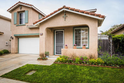 Camarillo Single Family Home For Sale: 472 Calle Mirasol