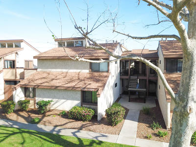 Oxnard Condo/Townhouse Active Under Contract: 5218 Longfellow Way