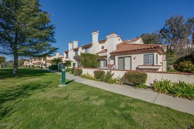 Simi Valley Condo/Townhouse For Sale: 234 Country Club Drive #B