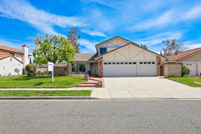 Simi Valley Single Family Home For Sale: 2624 Lemon Drive