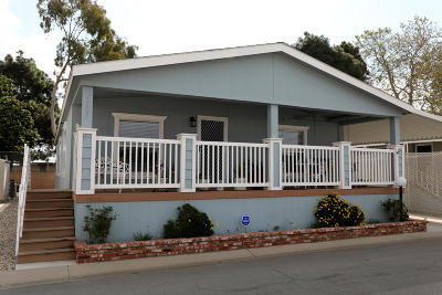 Oxnard Mobile Home Active Under Contract: 4060 Petit Drive #34