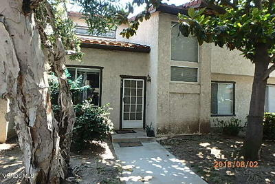Oxnard CA Condo/Townhouse Active Under Contract: $277,000