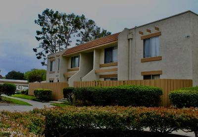 Port Hueneme Condo/Townhouse For Sale: 2444 Bolker Drive