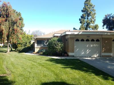 Camarillo Single Family Home Active Under Contract: 15201 Village 15