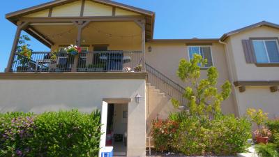 Oxnard Condo/Townhouse For Sale: 3361 Oxnard Boulevard #33