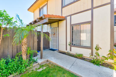 Santa Paula Condo/Townhouse Active Under Contract: 252 W Santa Barbara Street