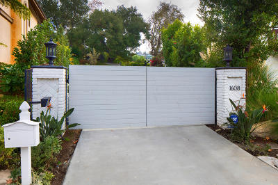 Westlake Village Single Family Home For Sale: 1608 Indian Pony Circle