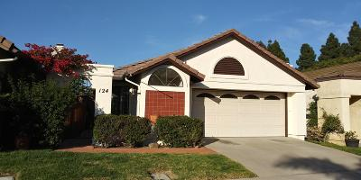 Camarillo Single Family Home For Sale: 124 La Veta Drive