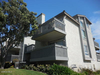 Oxnard Condo/Townhouse For Sale: 3136 Sunset Lane