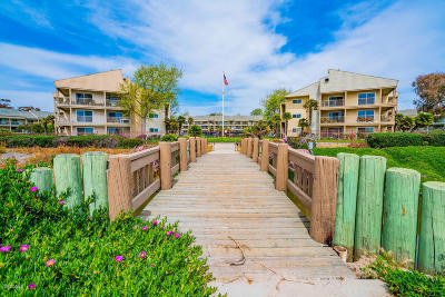 Ventura County Condo/Townhouse For Sale: 681 Reef Circle