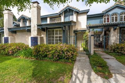 Ventura County Condo/Townhouse Active Under Contract: 2588 Northstar Cove