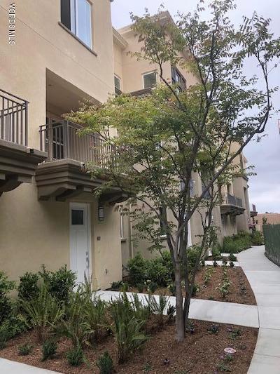 Ventura County Condo/Townhouse For Sale: 560 Winchester Drive #114