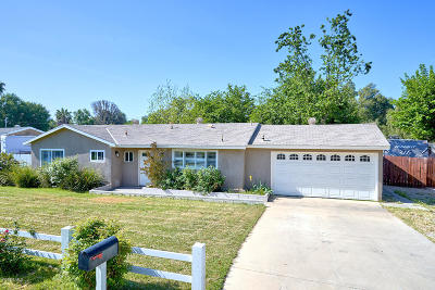 Thousand Oaks Single Family Home Active Under Contract: 776 Calle Tulipan