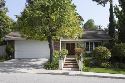 Thousand Oaks Single Family Home Active Under Contract: 2074 Laurelwood Drive