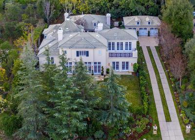 Thousand Oaks Single Family Home For Sale: 674 Duchy Way