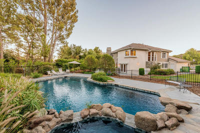 Westlake Village Single Family Home For Sale: 5462 Edgecliff Circle
