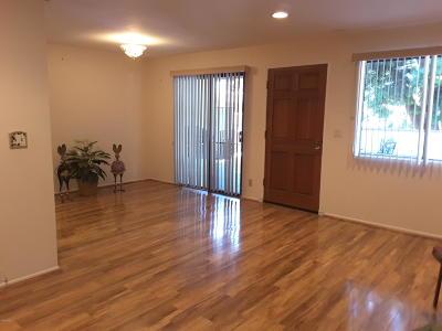 Ventura Condo/Townhouse For Sale: 575 Eakins Lane #79