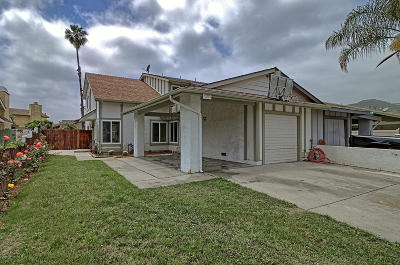 Santa Paula Single Family Home Active Under Contract: 158 Salas Street