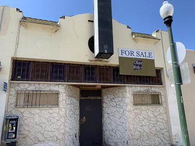 Oxnard Commercial For Sale: 204 E 5th Street