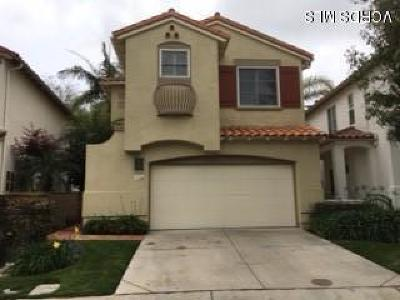Camarillo Condo/Townhouse For Sale: 926 Corte Augusta