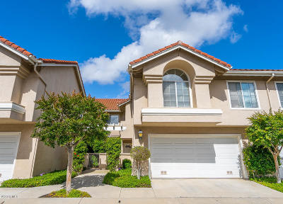 Simi Valley Condo/Townhouse For Sale: 605 Hazelwood Way #D