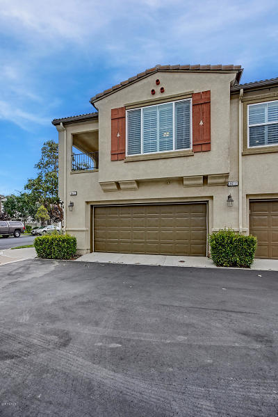Oxnard Condo/Townhouse For Sale: 3615 Dunkirk Drive