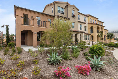 Ventura Condo/Townhouse Active Under Contract: 111 Klamath Street