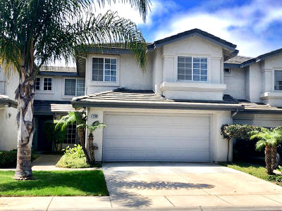 Oxnard Condo/Townhouse For Sale: 1240 Higuera Drive