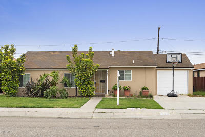 Oxnard Single Family Home For Sale: 532 E Iris Street
