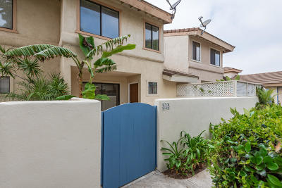 Oxnard Condo/Townhouse Active Under Contract: 313 Canterbury Way