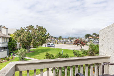 Oxnard Condo/Townhouse For Sale: 3320 Sunset Lane