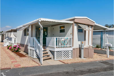 Oxnard Mobile Home Active Under Contract: 4032 Mockingbird Lane