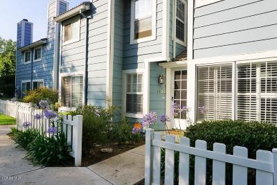 Simi Valley Condo/Townhouse For Sale: 440 Jeremiah Drive #C