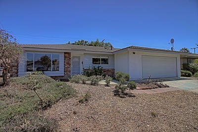 Oxnard Single Family Home Active Under Contract: 2044 Barnett Street