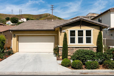 Santa Paula Single Family Home For Sale: 856 Coronado Circle