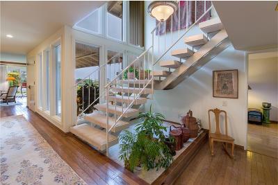Camarillo Single Family Home For Sale: 690 Valley Vista Drive