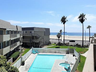 Port Hueneme Condo/Townhouse For Sale: 243 E Surfside Drive