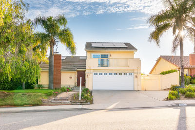 Camarillo Single Family Home For Sale: 2235 Via Leal