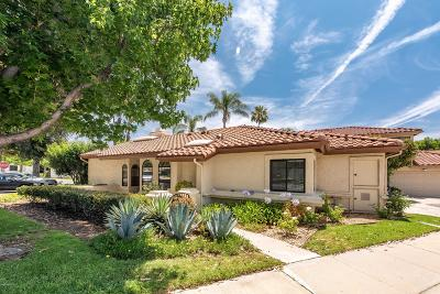 Simi Valley Single Family Home For Sale: 2752 Simi Hills Lane
