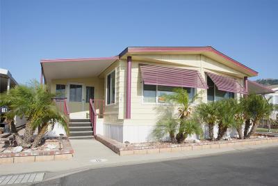 Santa Paula  Mobile Home For Sale: 500 W Santa Maria St #16