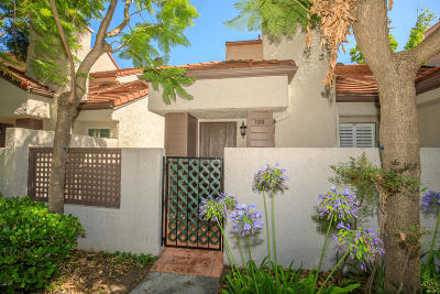Westlake Village Condo/Townhouse For Sale: 180 Via Colinas